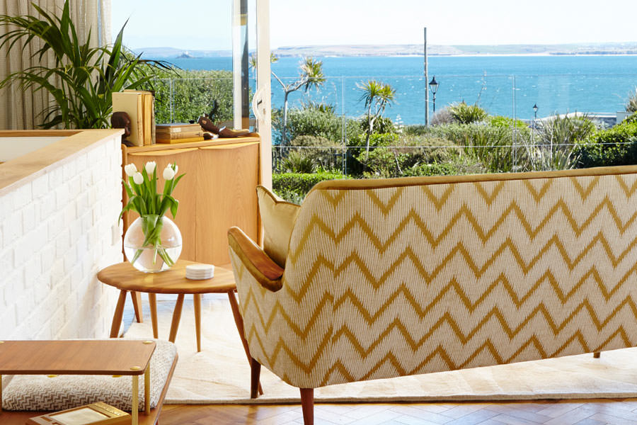 Holiday-apartment-st-ives-with-parking-sands-studio