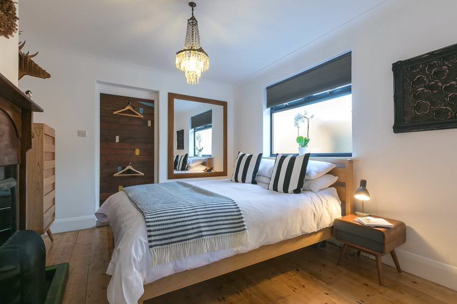 t-ives-cornwall-holiday-house-stones-reef-bedroom