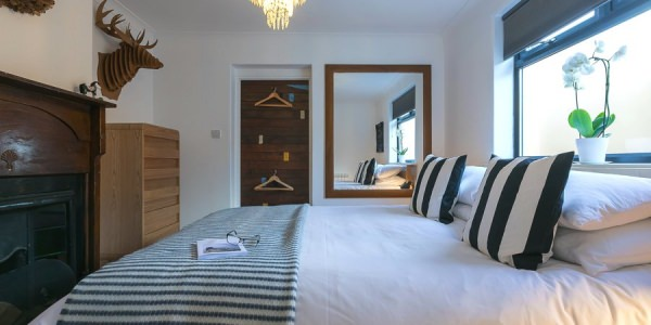 st-ives-cornwall-holiday-house-stones-reef-bedroom-01
