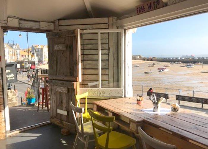 dog-friendly-st-ives-surf-shack-cafe