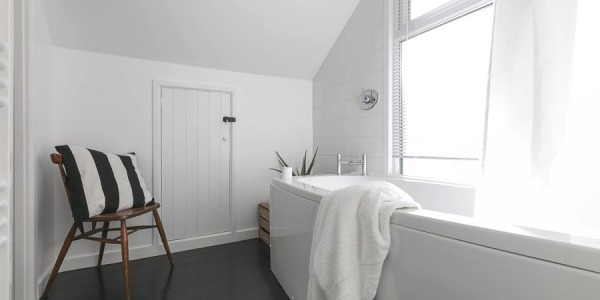 Luxury-cottage-st-ives-stones-reef-bathroom-01