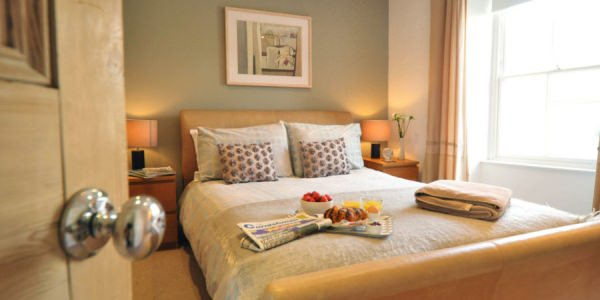 seawater-kingsized-bedroom1