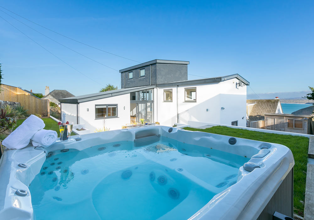 hot-tubs-st-ives