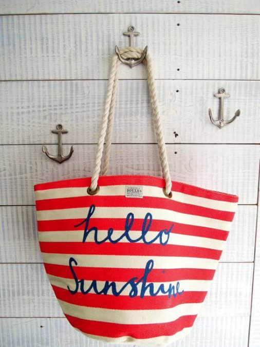 Jules-hello-sunshine-bag-st-ives-sandy-feet-cottage