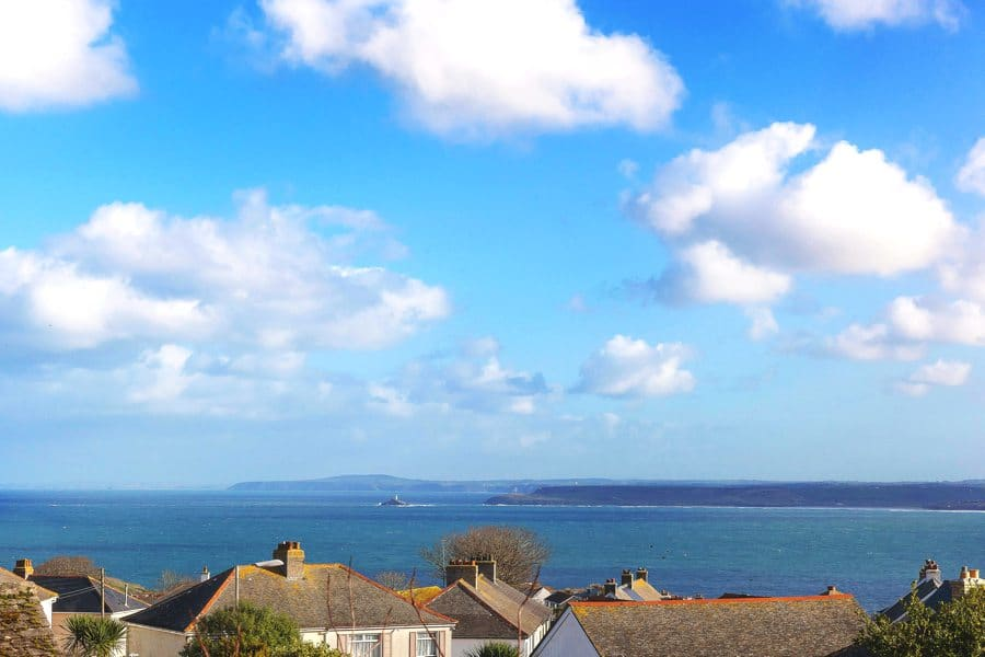 st-ives-sea-views-holiday-house-stones-reef