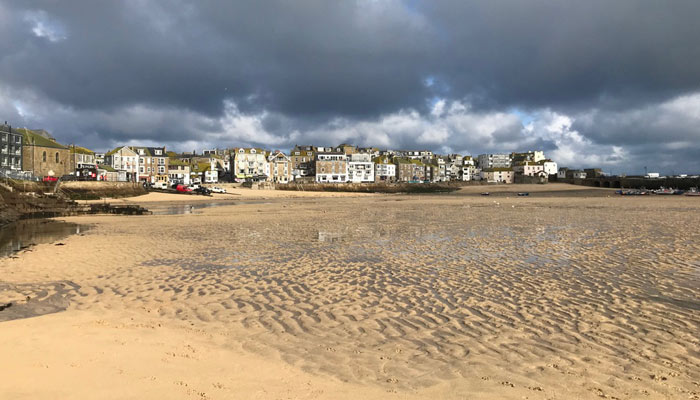 st-ives-in-winter